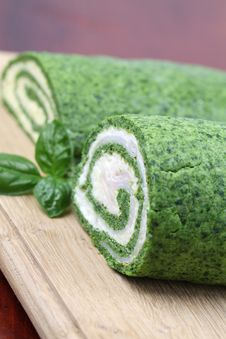 Free Spinach Rolls Royalty Free Stock Image - 20369336