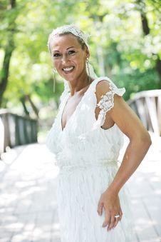 Free Beautiful Bride Outdoor Stock Photos - 20370503