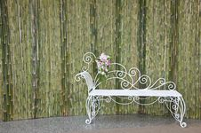 Free Bamboo Wall And White Bench Royalty Free Stock Images - 20374359