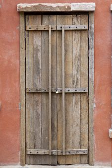 Antique Wood Door Royalty Free Stock Photos