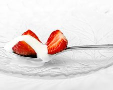 Free Red Strawberry And White Ice Cream On Spoon Stock Photography - 20377082