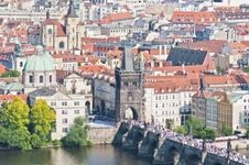 Free Charles Bridge Crossing Vltava River. Royalty Free Stock Image - 20377276