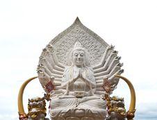 Free Guan Yin Buddha Statue Royalty Free Stock Image - 20379886