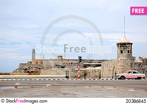 Free The Morro And The Old Car Royalty Free Stock Photo - 20386845
