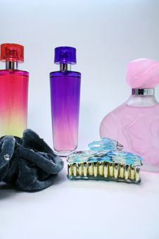 Free Perfume And Hair Accessory Royalty Free Stock Image - 20381696