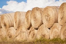 Free Stack Of Hay Bales Drying Outdoors Stock Photo - 20384210
