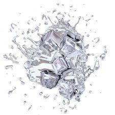 Free Splashing Icecubes Royalty Free Stock Photo - 20386685