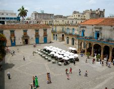 Free Cathedral Square In Havana Royalty Free Stock Photo - 20386895
