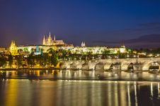 Free Prague Castle And Vltava River Stock Photography - 20392522