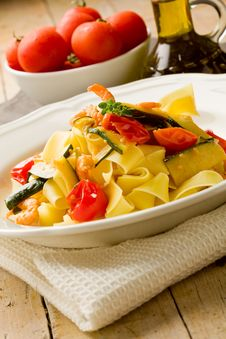 Pasta With Zucchini And Shrimps Stock Images