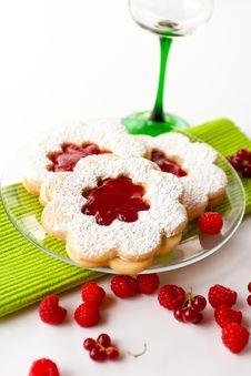Free Marmalade Cake (linzer) Royalty Free Stock Photos - 20395018