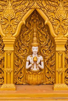 Free Angel Decoration Of Buddhist Temple Royalty Free Stock Photo - 20396295