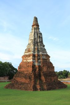 Free Ruined Pagoda In Ayuthaya, Thailand. Stock Image - 20396401