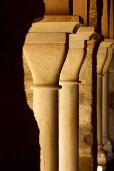 Free Columns Stock Photo - 2040680