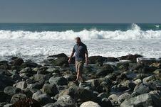 Free Ocean Walk Stock Image - 2041111
