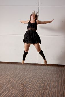 Dancer Jumping During A Dance Royalty Free Stock Images