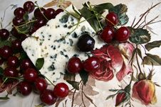 Free Cherry And Roquefort Cheese Stock Photos - 20404603