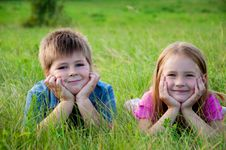 Free Funny Boy And Girl On Grass Stock Photos - 20404833