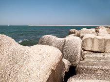 Free Stone Embankment Royalty Free Stock Photos - 20405868
