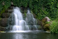 Free Beautiful Cascading Waterfall Royalty Free Stock Image - 20409996