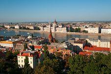 Free Budapest Skyline Royalty Free Stock Photo - 20410775
