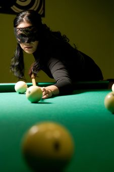 Free Woman Plays Billiards Royalty Free Stock Images - 20412019