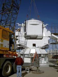 Free Crane Installing Observatory Base Stock Image - 20412701
