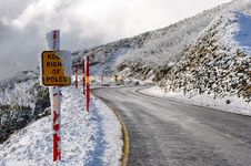 Free Winter Road Mount Hotham Royalty Free Stock Photos - 20415498