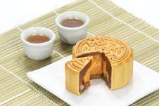 Free Moon Cake With Tea Stock Photography - 20415752