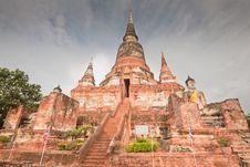 Free Wat Yai Chai Mongkol, Thailand Royalty Free Stock Image - 20415766
