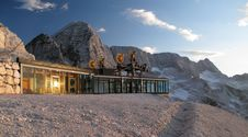 Free Upper Station Of Cable Way Near Rif Gilberti Royalty Free Stock Image - 20417256