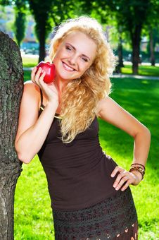 Free Portrait Of Girl With Red Apple Royalty Free Stock Images - 20420309