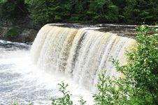 Free Tahquamenon Falls Royalty Free Stock Image - 20420766