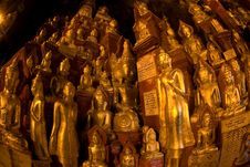 Free View Of Group  Of Buddhas In Pindaya Cave In Myanm Stock Image - 20421391
