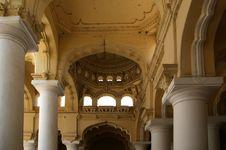 Free Thirumalai Nayakkar Mahal Palace Complex Royalty Free Stock Photo - 20422525
