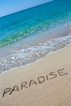 Free Paradise Written On The Sand Royalty Free Stock Photography - 20423407