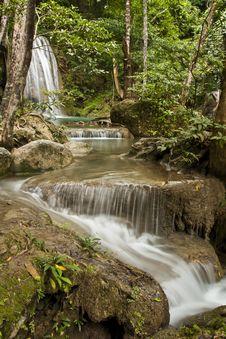 Free Erawan Waterfall Royalty Free Stock Photo - 20427015