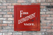 Free Fire Department Valve Cover Royalty Free Stock Photo - 20428265
