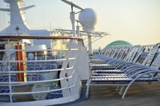 Free Morning Deck Waiting Royalty Free Stock Image - 20433646