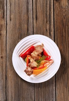 Free Venison Skewer And Vegetables Royalty Free Stock Photography - 20437047