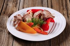 Free Venison Skewer And Vegetables Royalty Free Stock Photography - 20437057