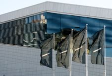 Free The Oslo Opera Flags Royalty Free Stock Photos - 20437408