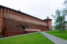 Free Walls Of The Ancient Kremlin Royalty Free Stock Images - 20438979