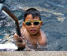 Free Asian Boy Swimming Stock Images - 20439694