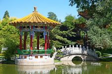 Free Traditional Chinese Garden Royalty Free Stock Photography - 20441337