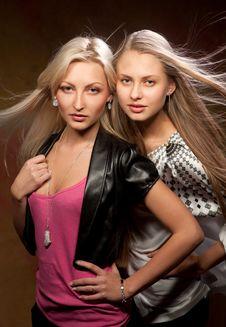 Free Two Beautiful Women Stock Photography - 20442522