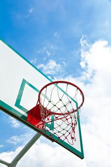 Free Outdoor Basketball Hoop Royalty Free Stock Photos - 20445268