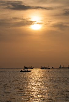 Free Fishing Boat Royalty Free Stock Images - 20446319