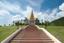 Free Thai Pagoda, Promwihan Chedi Royalty Free Stock Photos - 20446398