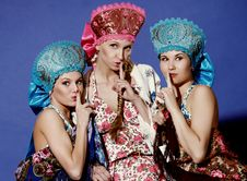 Free Three Girls In Traditional Dress Stock Images - 20448164